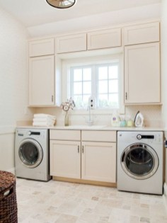Beautiful and functional small laundry room design ideas 30