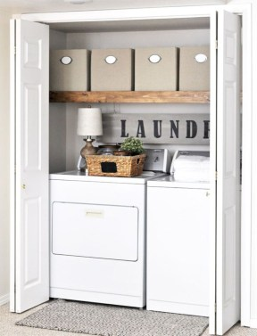 Beautiful and functional small laundry room design ideas 44