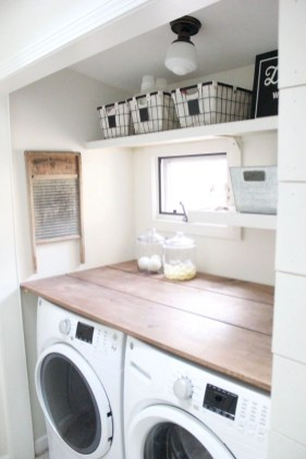 Beautiful and functional small laundry room design ideas 50