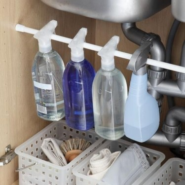 Built-in bathroom shelf and storage ideas to keep your bathroom organized 08
