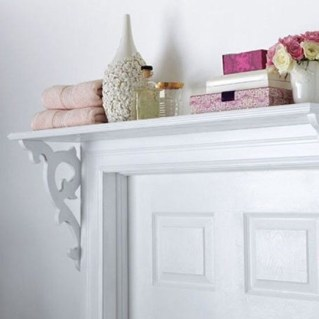 Built-in bathroom shelf and storage ideas to keep your bathroom organized 32