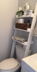 Built-in bathroom shelf and storage ideas to keep your bathroom organized 47