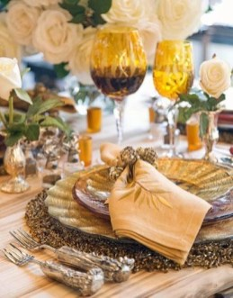 Charming rustic centerpieces that will fill up your tables 19
