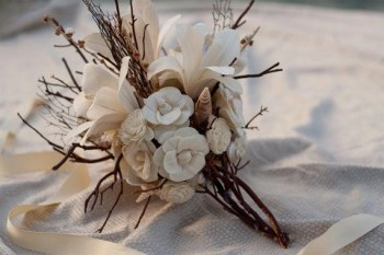 Charming rustic centerpieces that will fill up your tables 38