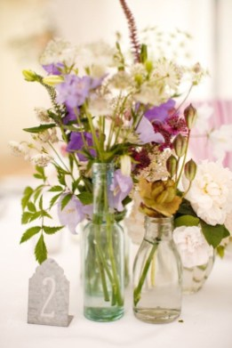 Charming rustic centerpieces that will fill up your tables 40