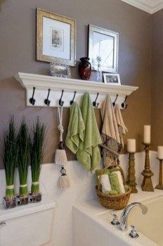 Hanging bathroom storage ideas to maximize your small bathroom space 14