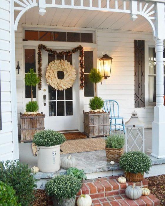 Modern Farmhouse Spring Home Decor Ideas: 11 Vintage Front Porches Furniture Ideas To Inspire You