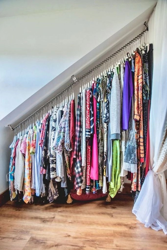 25 creative storage ideas for small spaces godiygo com - Clothes storage ideas for small spaces ...