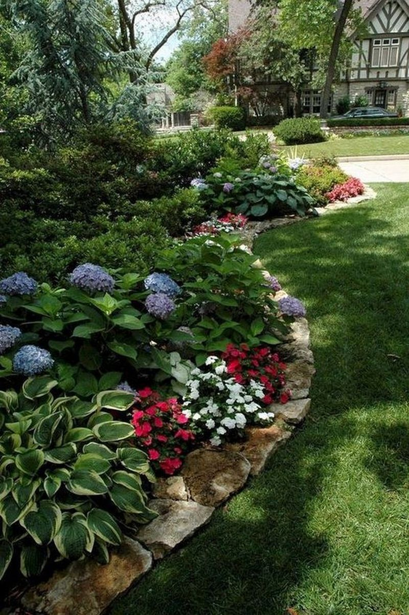 25 Beautiful Front Yard Rock Garden Landscaping Design ...