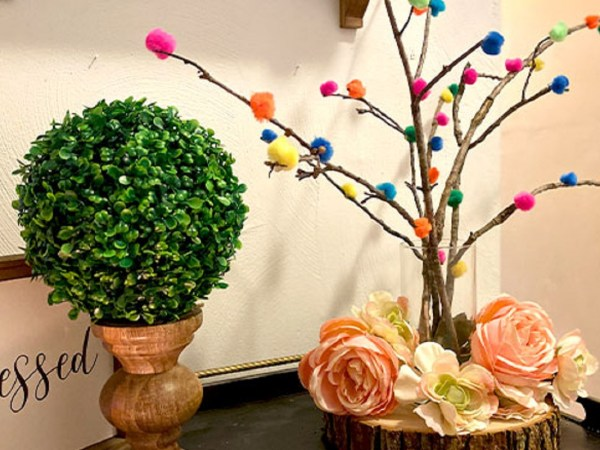 Wonderful DIY Pompom Balls Tree That Will Make Your House Feel Full Of Colors