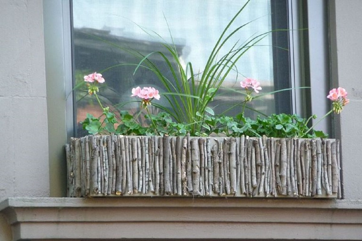 Diy twig window boxes Blissful DIY Window Boxes To Step Up Your Most Gorgeous Outdoor Decoration