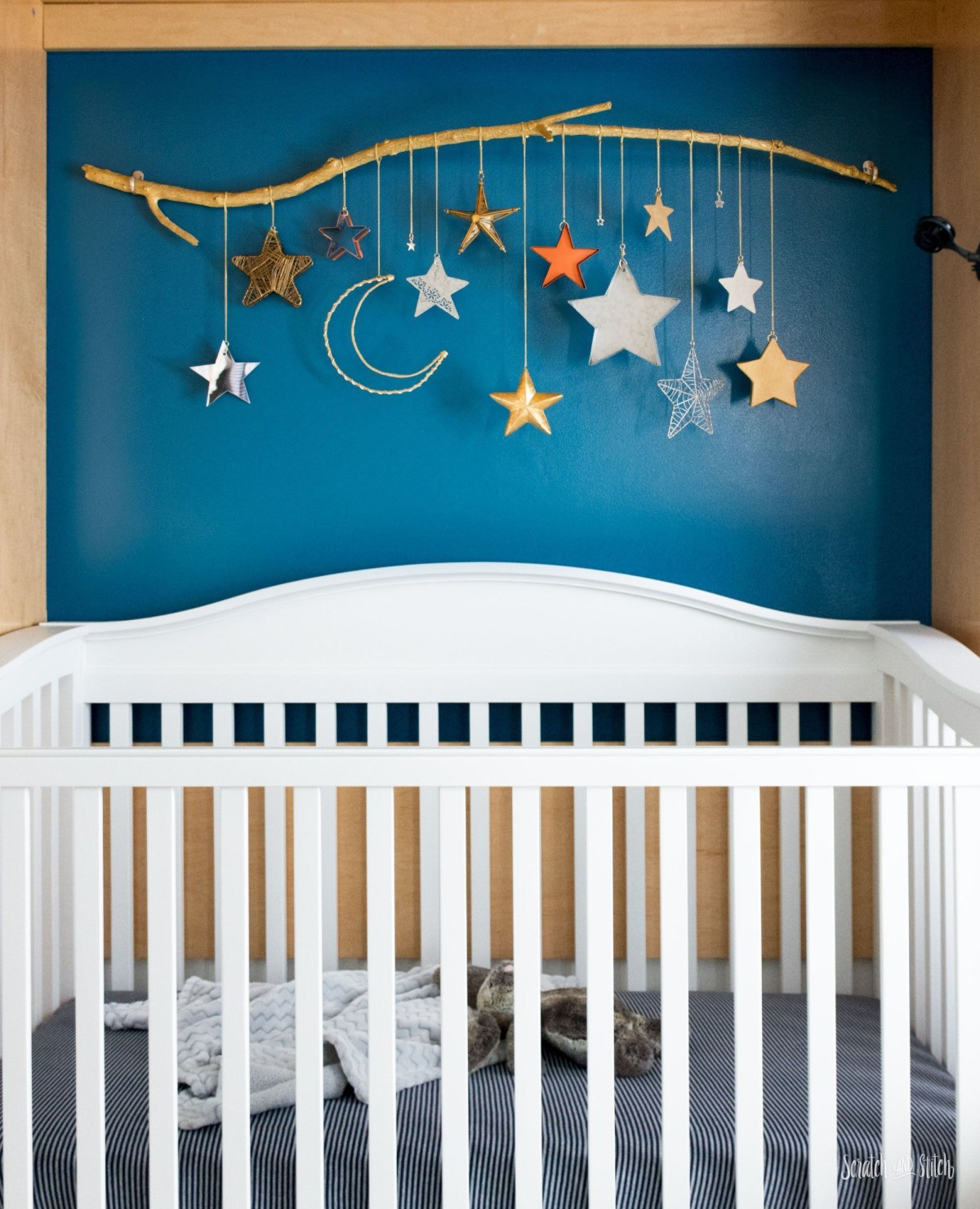 Moon and stars mobile DIY Wonderful Baby Mobile Ideas That Sweet For Any Nursery Style