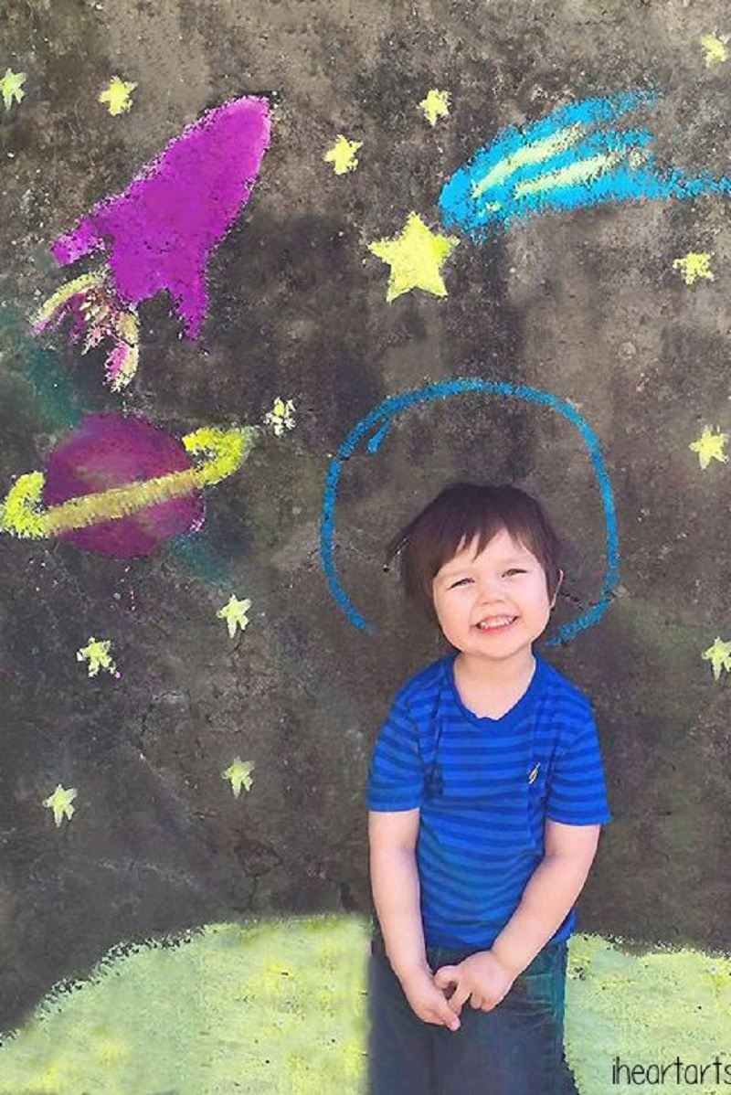 Outer space DIY Chalk Art Ideas To Create The Coolest Sidewalk Where Every One Want