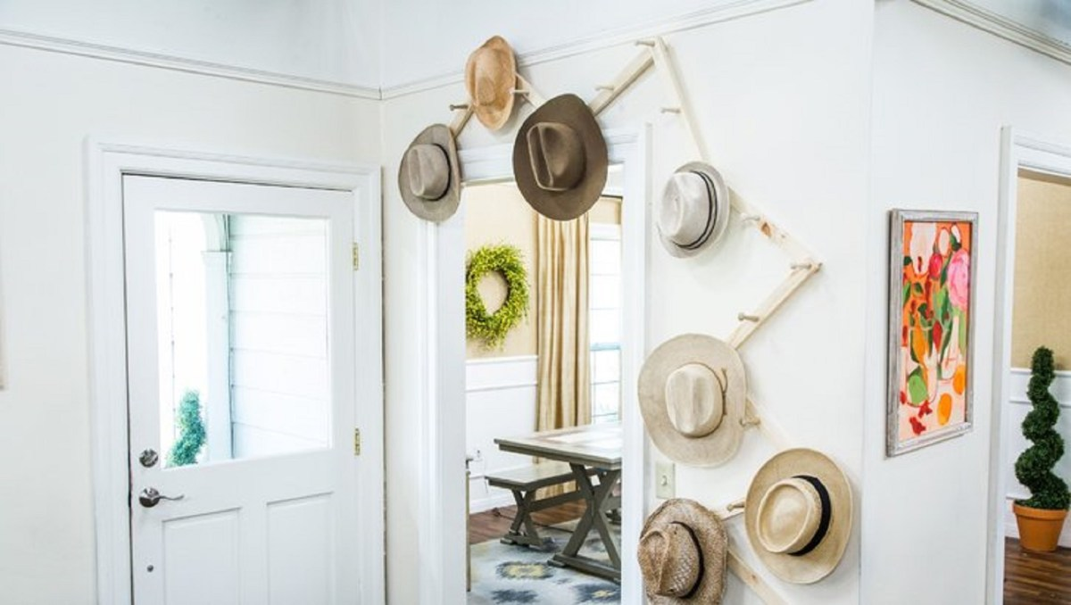 Traveling hat rack DIY Hat Rack Ideas For Hat Collection To Keep Your Space Save