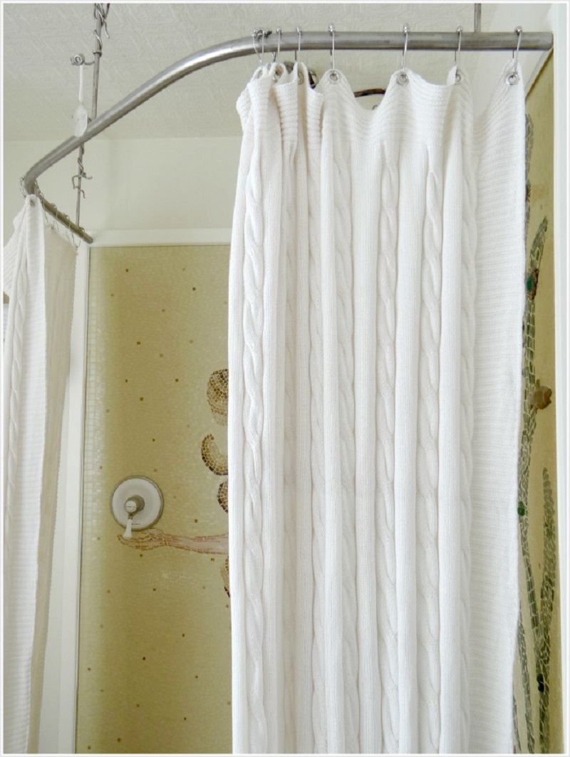 Blanket shower curtain DIY Charming Shower Curtains To Show Your Stylish Bathroom