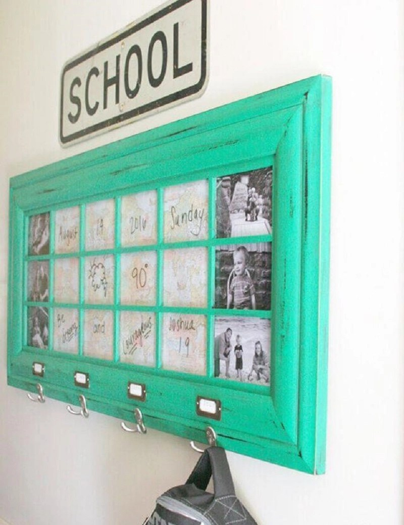 Diy organized command center Precocious DIY Ideas To Repurpose Old Picture Frames That Truly Functional And Inexpensive