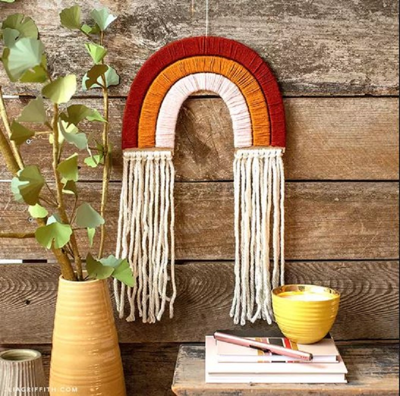 Rainbow yarn hanging wall