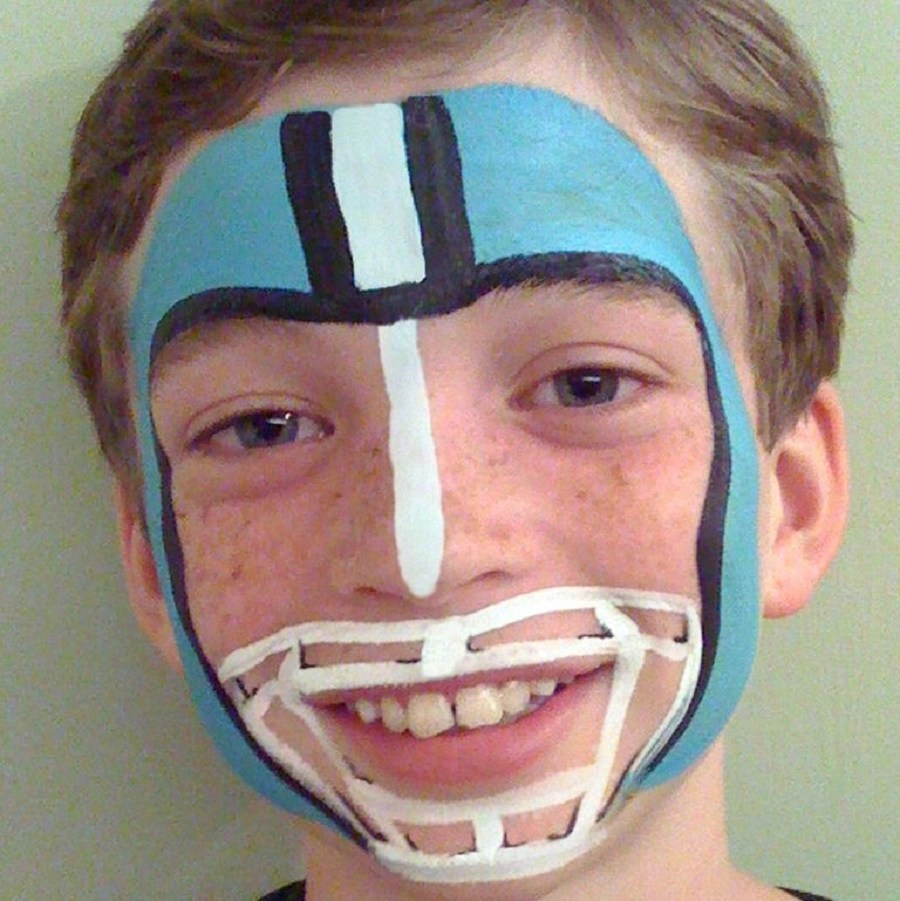 Sports star face paint Incredible Halloween Face Paint Ideas For Kids That Unartistic Parents Can Attempt