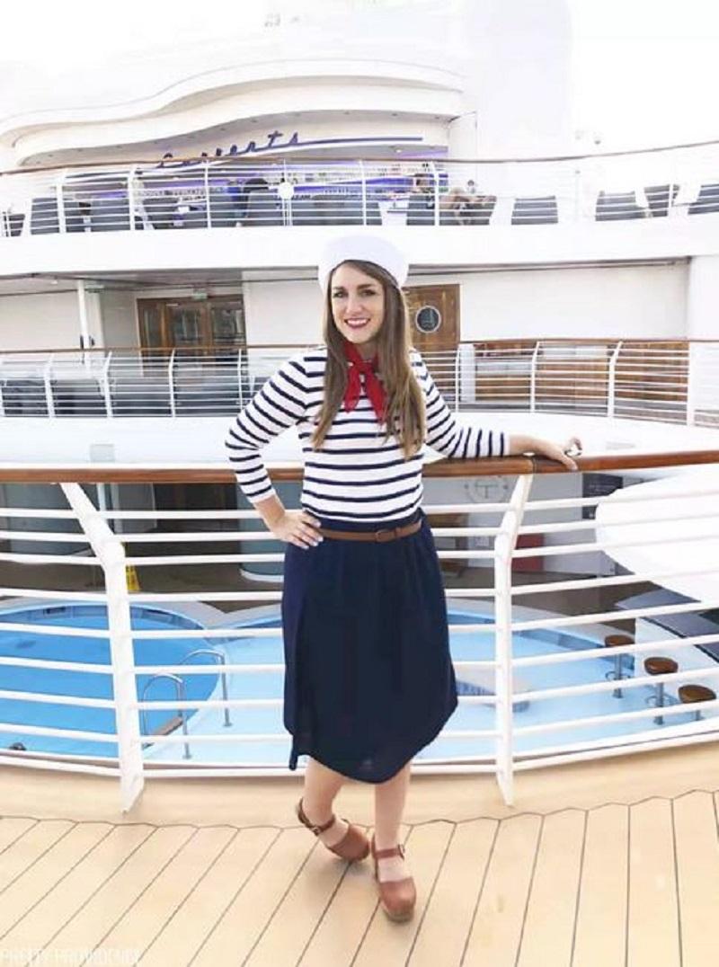 Super easy sailor costume
