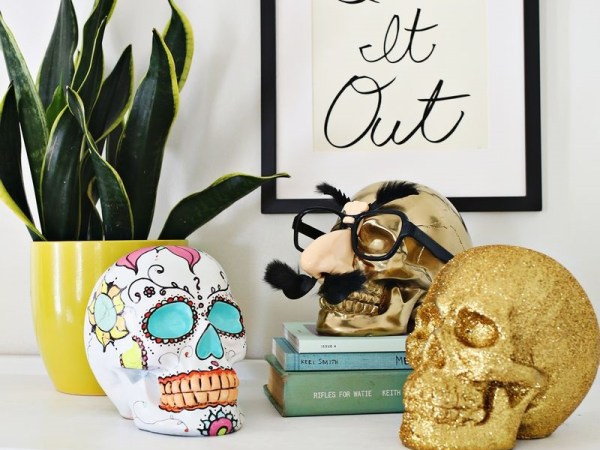 Diy decor items to really turn your home into a haunted house