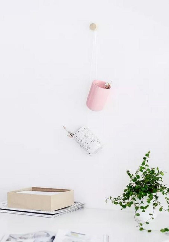Diy hanging organizer