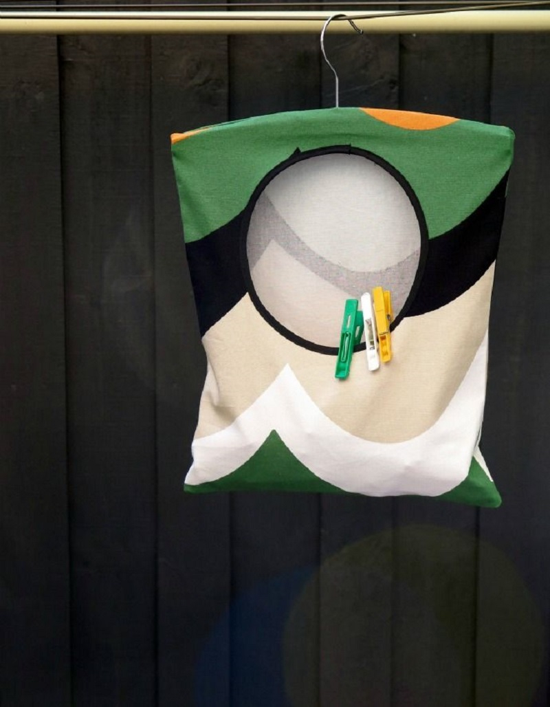 Hanging clothespin bag DIY Little Action But Big Impact For Your Laundry Room Ideas