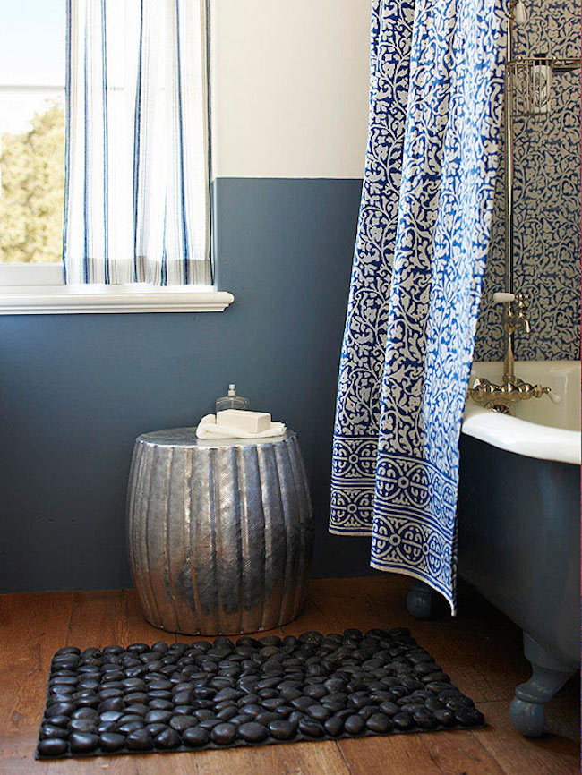 Pebble bath mats DIY Spa-Like Bathroom Mat Ideas That Made Of Nature Materials.