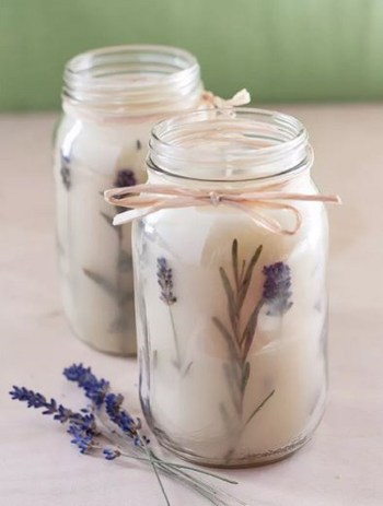 Rosemary aromatic candle