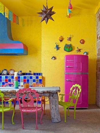 Vibrant kitchen decoration