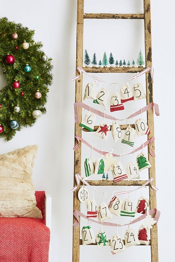 Advent calendar ornaments DIY Festive Christmas Ornaments To Give You A Stunning Look In Every Home Corner
