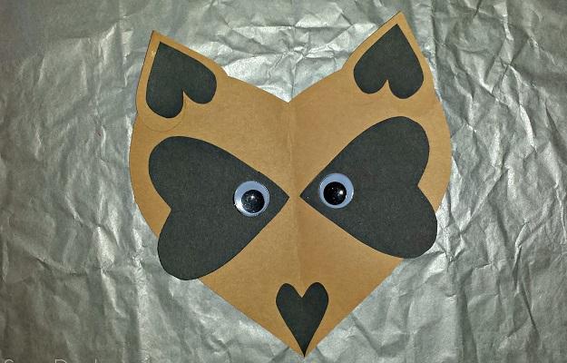 Paper heart racoon craft DIY Winter Wonderland Animal Crafts To Having Fun Every Second This Season