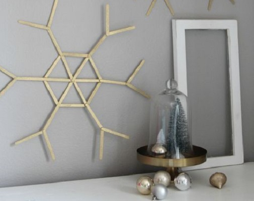 Popsicle stick snowflakes DIY Winter Decoration To Transform Your Home Into Snowy Magic