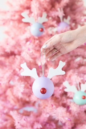 Rudolph ornaments DIY Festive Christmas Ornaments To Give You A Stunning Look In Every Home Corner