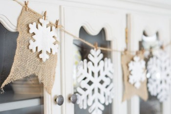 Rustic snowflake banner