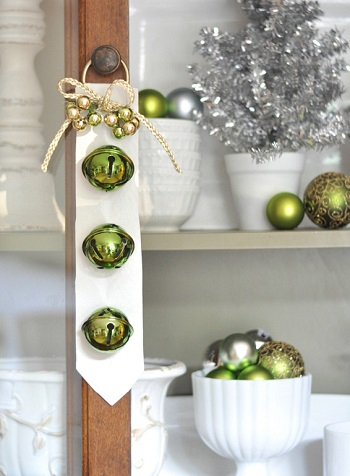 Sleigh bells DIY Jingle Bell Christmas Decorations And Crafts To Convey Your Christmas Spirit