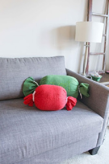Yum and sweet throw pillows DIY Adorable Christmas Pillows To Liven Up Your Home This Year