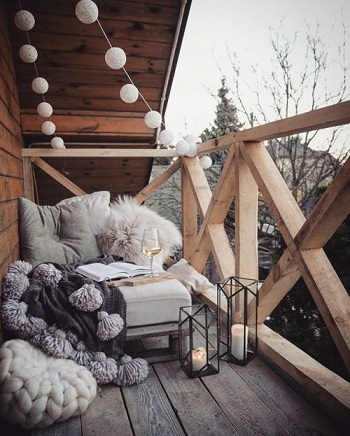 Winter terrace that look contemporary Enjoyable Terrace Décor Ideas To Create This Winter To Stay Comfortable