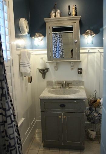Bathroom with diy mason jar sconces Exhilarating DIY Ideas To Create Amazing Look For Bathroom