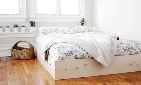 Diy cover up bedframe