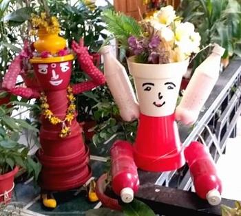 Garden crafts from junk DIY Ideas Of Full Spirit Artworks To Have Energetic Garden