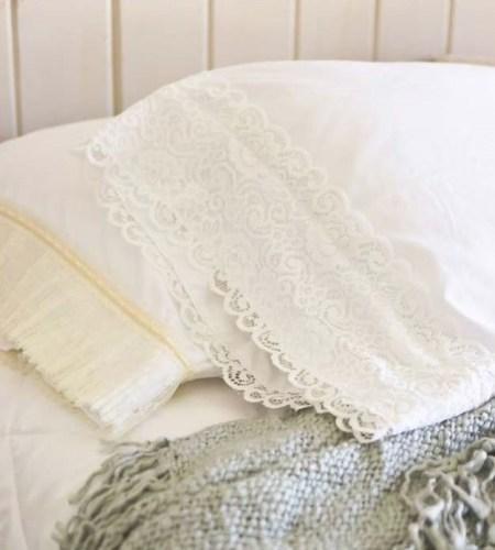 Pretty diy lace pillowcase