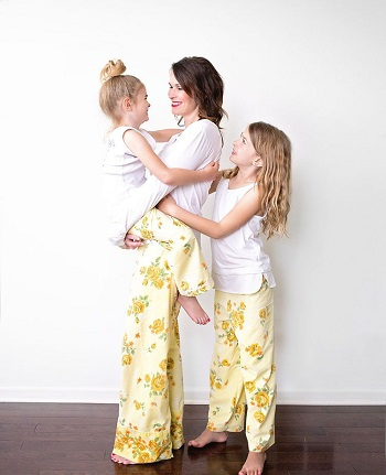 Vintage sheet pajama pants An Hour Or Two Pajama Pants Project For Beginner Sewist