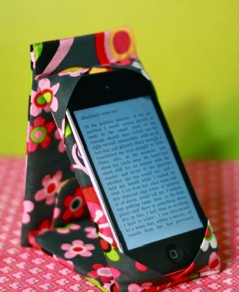 DIY Functional Trouble-Free Phone Stand Ideas To Create