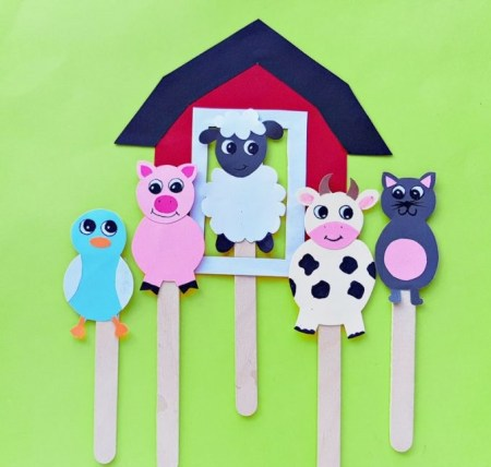 Animal farm puppet