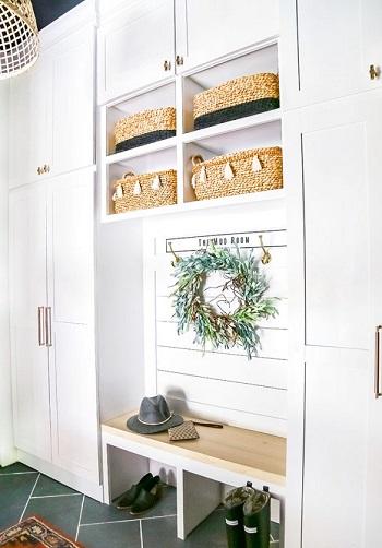Diy mudroom in your garage DIY Inevitable Mudroom Ideas To Have An Instant Spare Room