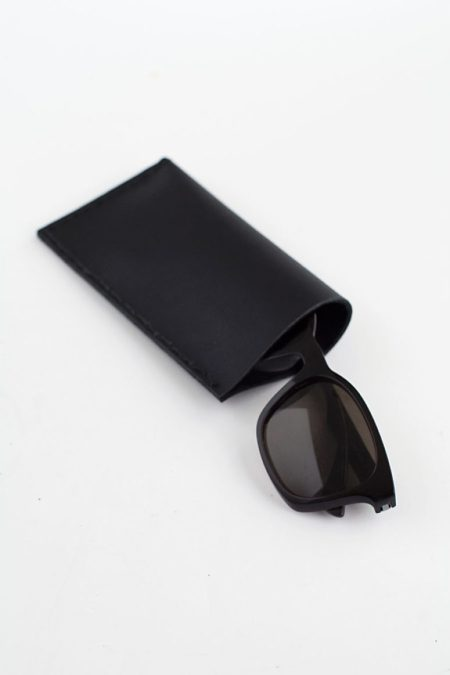 Eye-catching diy black leather sunglasses pouch