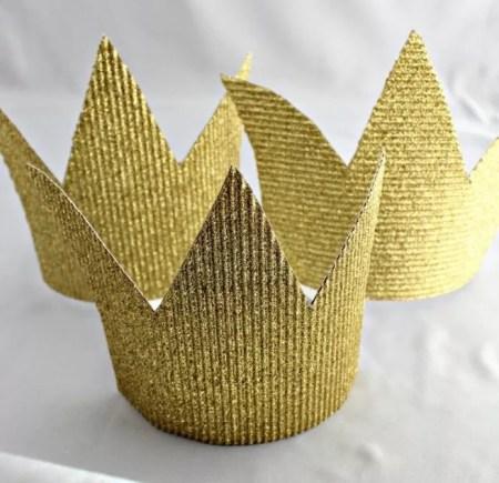 Pretty golden crown