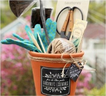 Diy gardener's basket