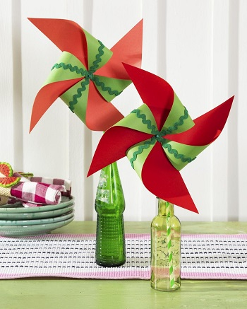 Paper watermelon pinwheels DIY Glorious Craft Projects You Cannot Miss To Get Summer Seasonal Spirit