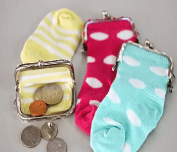 Baby sock coin purse DIY Dazzling Ways To Reuse Old Mismatched Socks